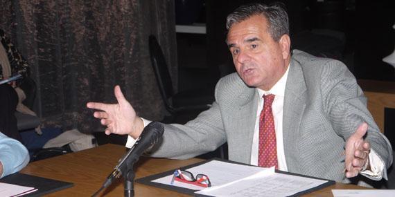 """Narciso de Foxá: """"Es muy probable que en Majadahonda bajemos el IBI en 2014"""""""