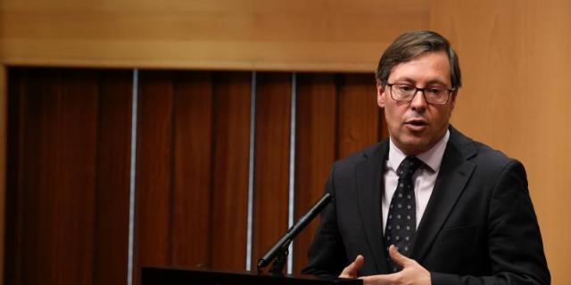 """Serrano: """"La marcha de Gabilondo no sería comparable a la cobardía de Errejón"""""""
