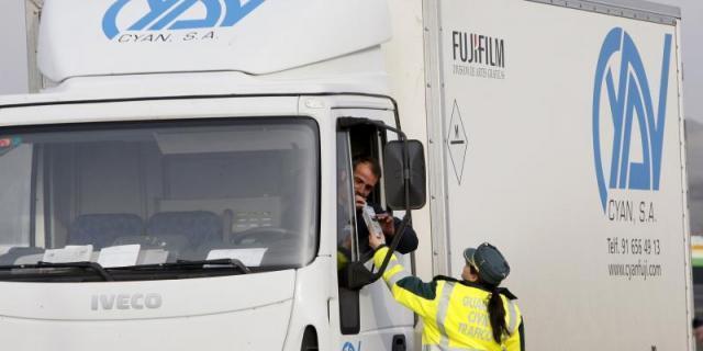 La DGT inicia una campaña de vigilancia de camiones y autobuses