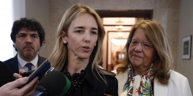 """Álvarez de Toledo insiste en un acuerdo con Ciudadanos por """"urgencia democrática"""""""