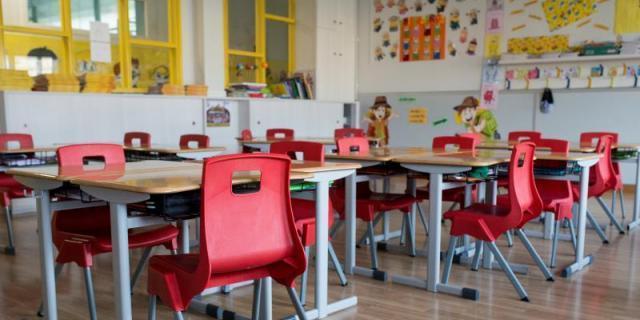 San Lorenzo reparte los deberes en casa a 103 alumnos sin medios informáticos