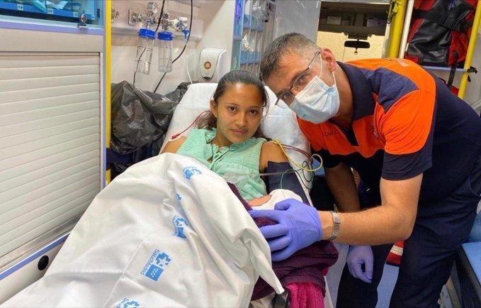 Una joven da a luz a un niño en el baño de una casa de Villanueva del Pardillo