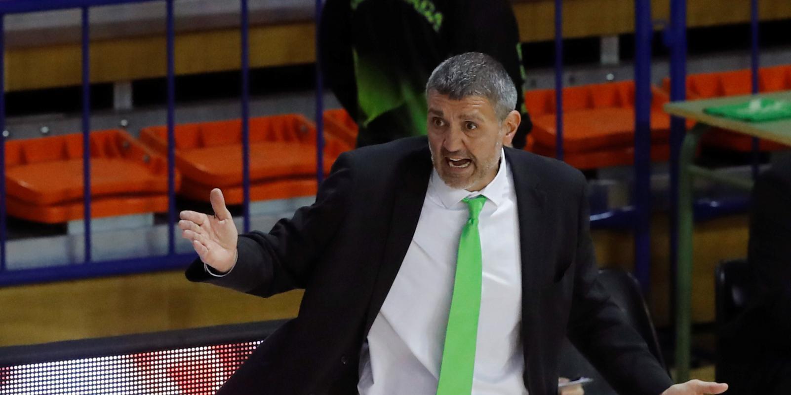 El Fuenlabrada destituye al entrenador Javier Juárez y le sustituye Raventós