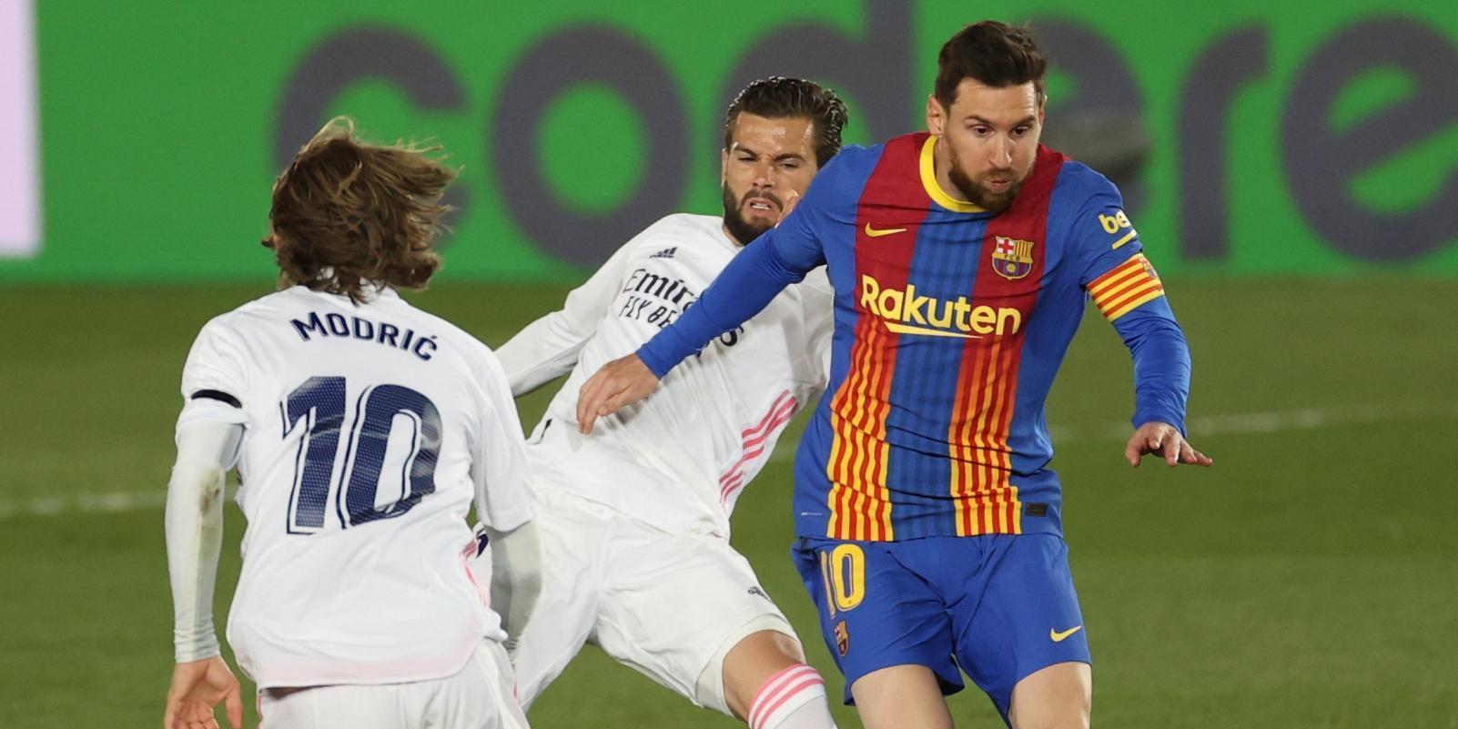 Nacho ve la quinta y Zidane solo tiene a un central contra el Getafe