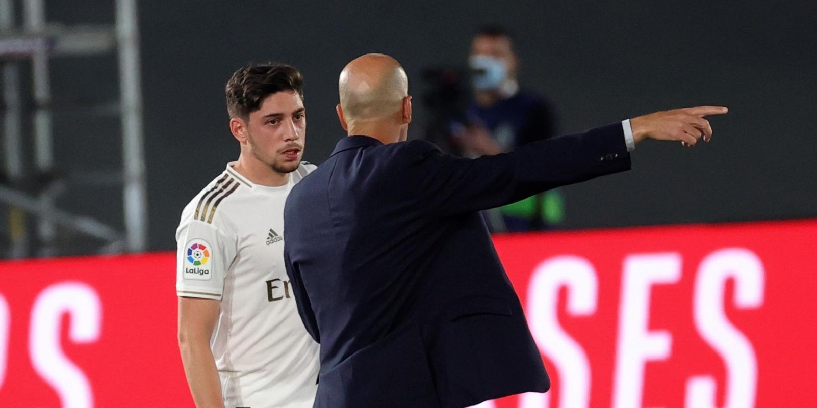 Zidane tampoco contará con Valverde, aislado por contacto con un positivo