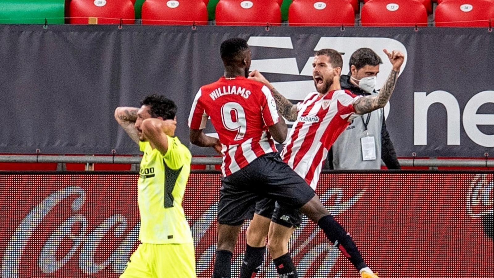 2-1. Iñigo Martínez derrota al Atlético y aprieta la liga