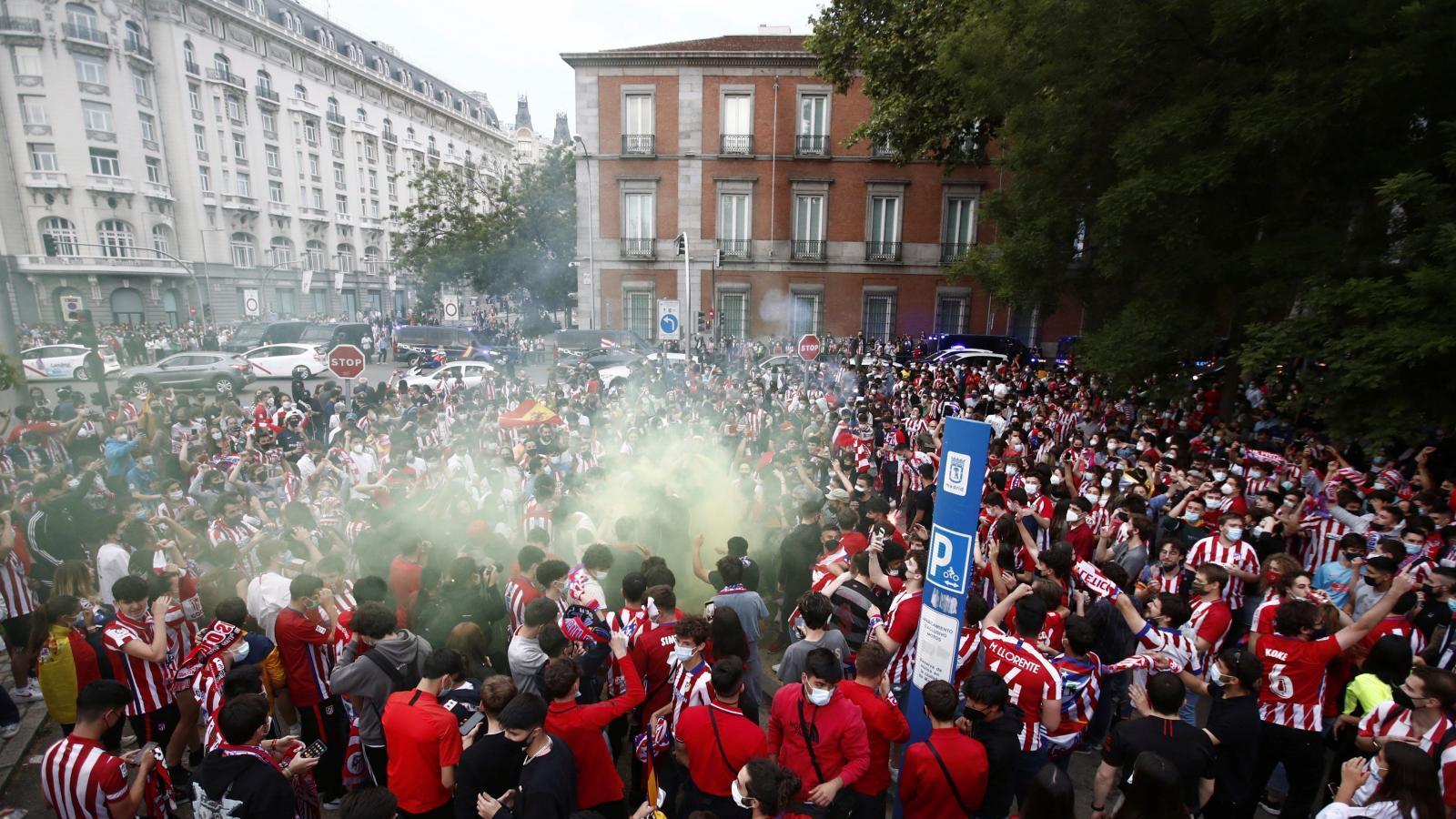 El SAMUR atiende a 27 personas durante la celebración de la victoria de la Liga