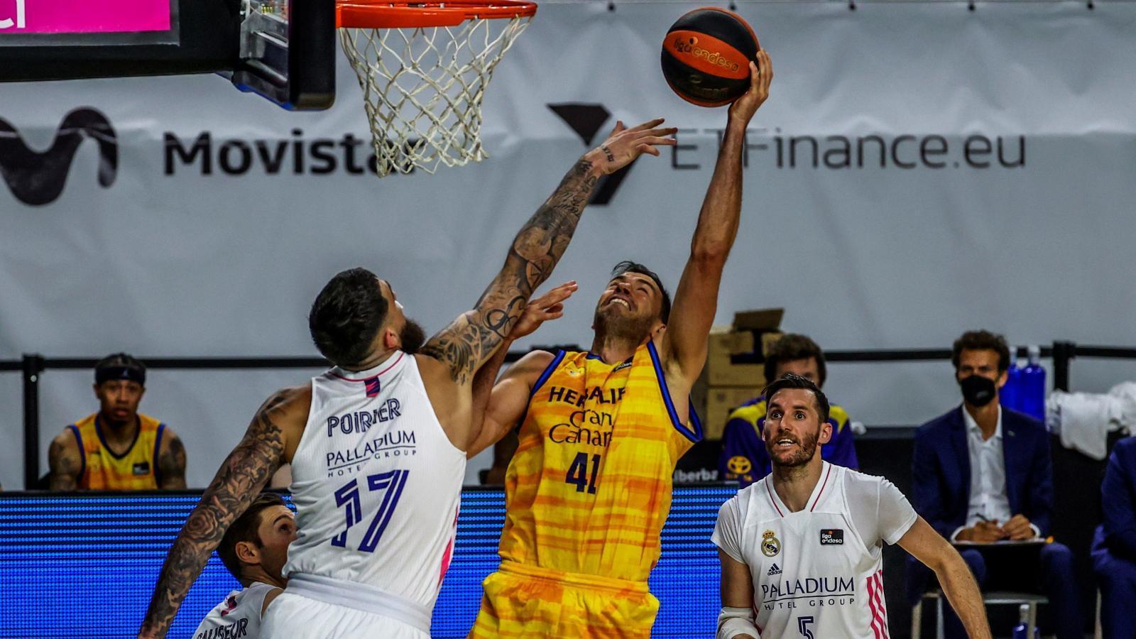 103-79-el-real-madrid-intimida-en-su-estreno-en-el-playoff