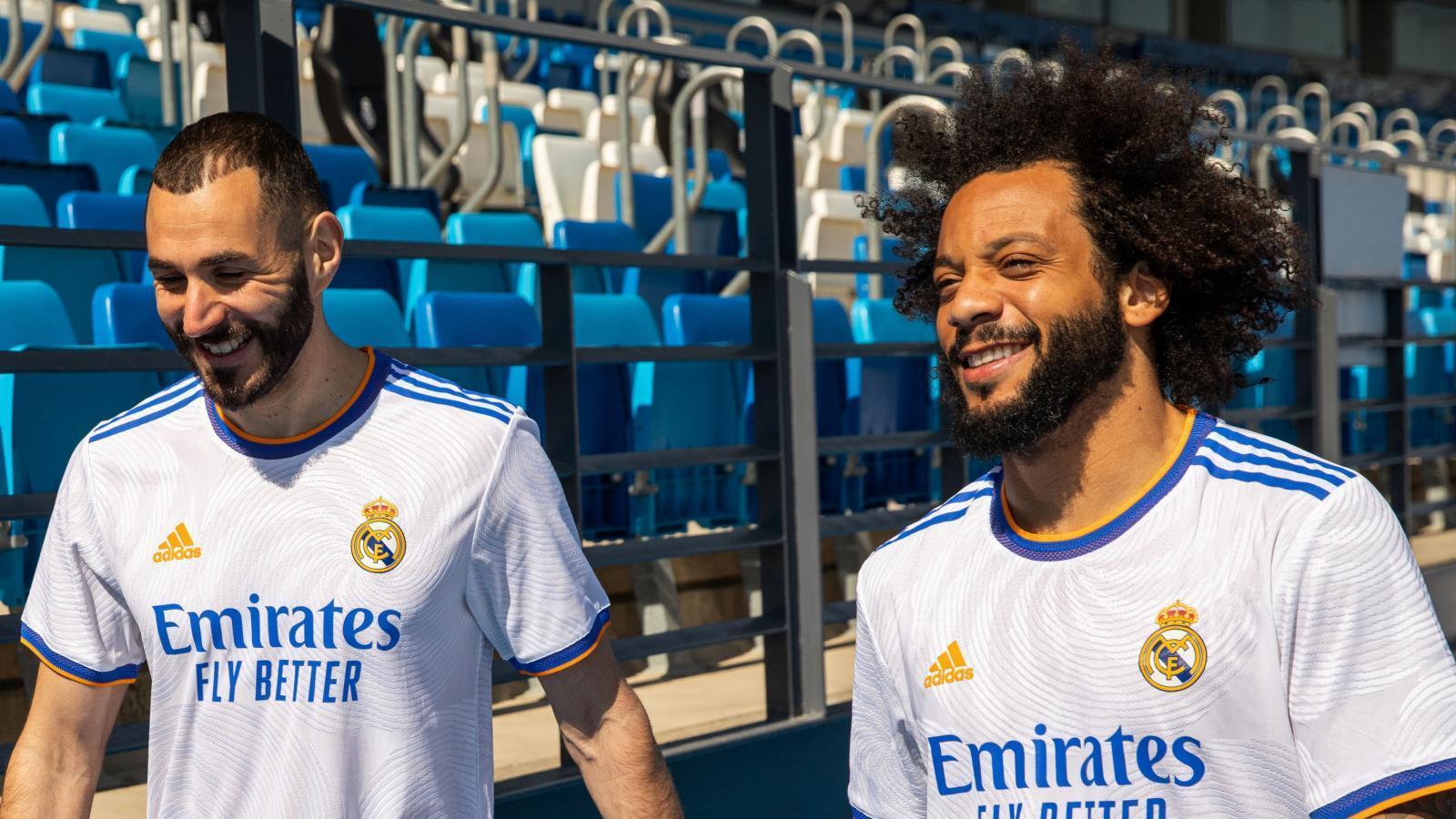 El Real Madrid presenta la nueva camiseta para la temporada 21-22