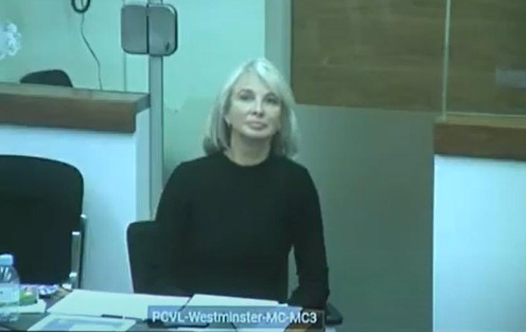 Corinna demanda a Juan Carlos I ante justicia londinense y pide que no se acerque a 150 metros de sus residencias