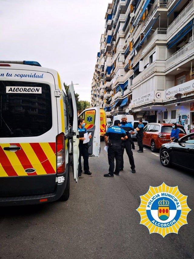 Herido un niño de tres años tras ser golpeado por un coche que buscaba aparcamiento en Alcorcón